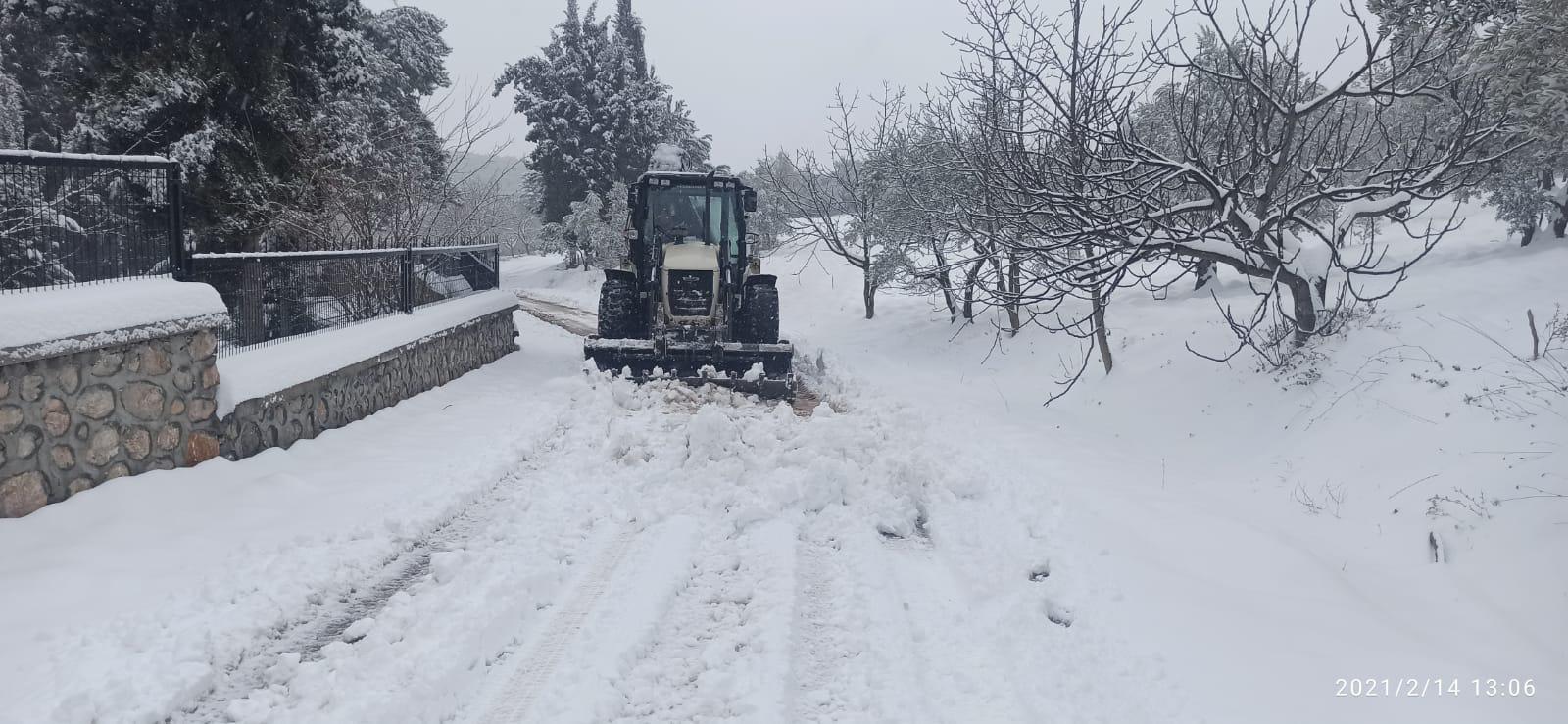 Karla mücadelede hummalı çalışma
